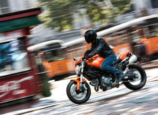 Ducati 696 motocykl miejski do miasta