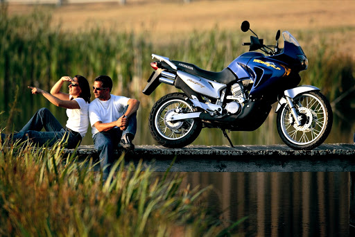 Honda XL650V Transalp turystyczne enduro adventure