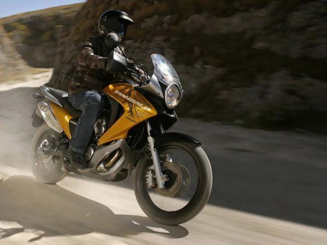 Honda XL700V Transalp turystyczne enduro adventure