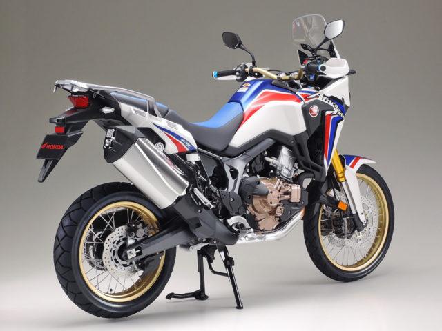 Tamiya Honda Africa Twin model motocykl do sklejania