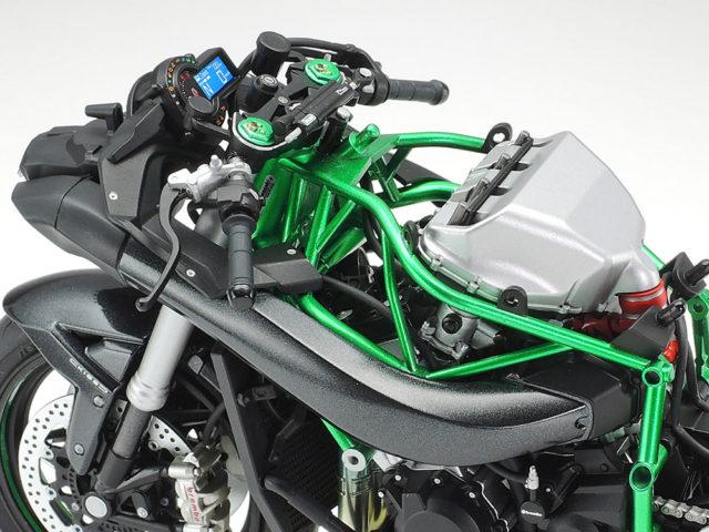 Tamiya Kawasaki Ninja H2 Carbon model motocykl do sklejania