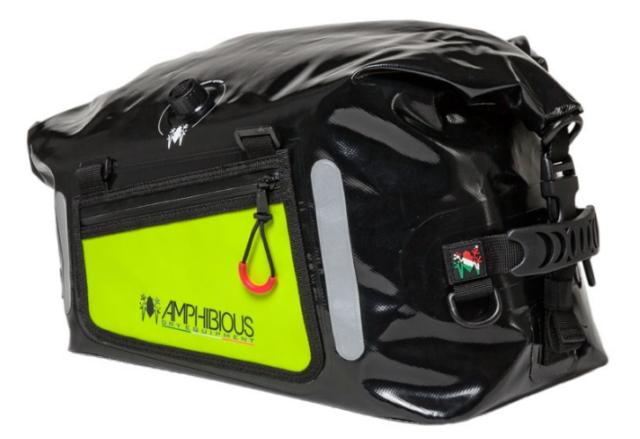 jak spakować się na motocykl sportowy torba tankbag amphibious