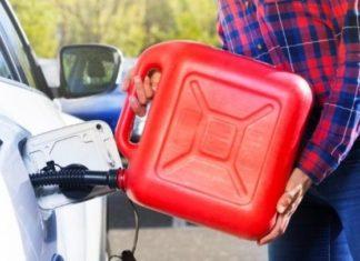 kanister na paliwo jak przechowywać paliwo olej napędowy ropa benzyna tankowanie
