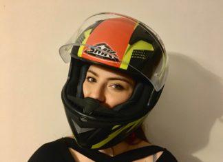 kask smk steelar trek dziewczyna oczy motocykl