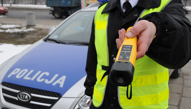 policja zawiesza zbiorowe kontrole trzeźwości