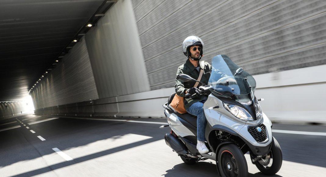 Najmocniejszy trójkołowiec L5e - skuter Piaggio MP3 HPE 500 na prawo jazdy kat. B