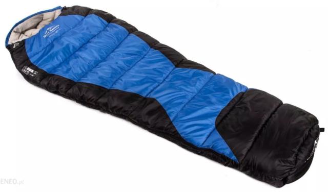 noc w śpiworze na biwaku przy temperaturze poniżej zera
