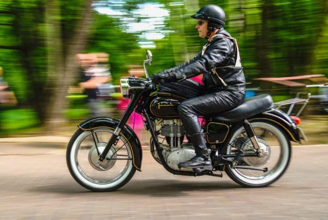 motocykl kultowy SFM Junak