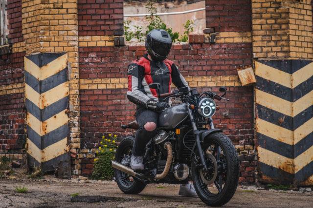 Testujemy customową Hondę CX650 – brat bike, motocykl, który czyni wolnym