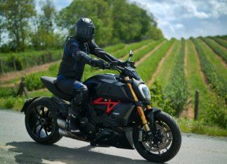 Ducati Diavel 1260S test opinia wady zalety cena dane techniczne_33