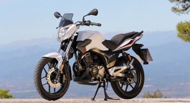Jaki motocykl 125 na miasto Rieju Strada