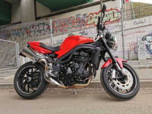Jaki motocykl typu naked Triumph Speed Triple 1050