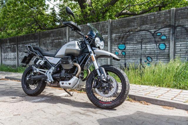 Moto Guzzi V85TT 2020 test, opinia, wady, zalety
