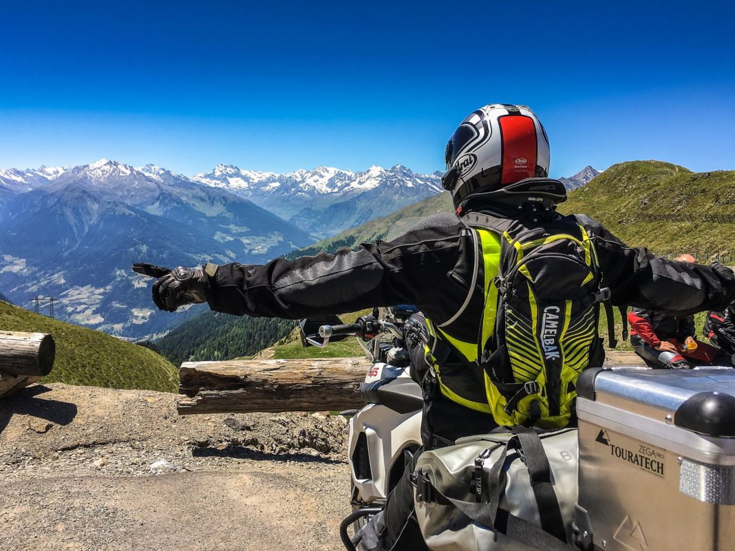 czy motocyklowe podróże zagranicę są bezpieczne ze względu na koronawirus kiedy