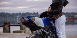 kobieta i motocykl