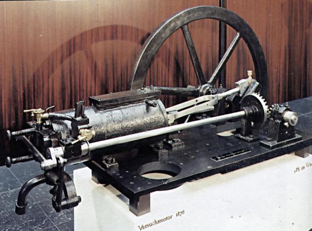 czterosuwowy silnik Nikolausa Ottola