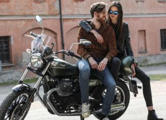 Moto Guzzi V klasyczny motocykl vintage miejski