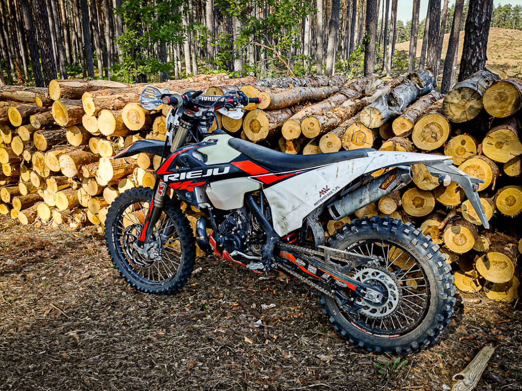 Co grozi, jaki mandat, za jazdę motocyklem - crossem, enduro - po lesie i sam wjazd do lasu?