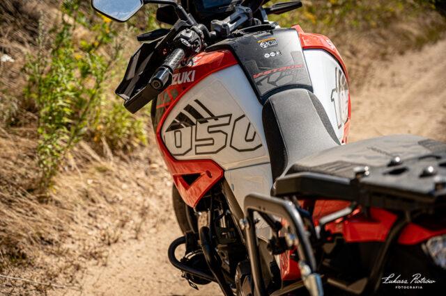 Suzuki V-Strom 1050 XT 2020 test dane techniczne wady zalety opinia