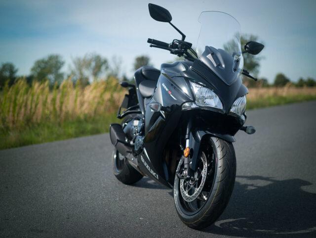 Suzuki GSX-S 1000 F 2020 test dane techniczne cena wady zalety opinia