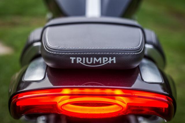 Triumph Rocket 3 III test dane techniczne cena opis wady zalet