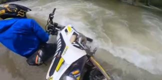 jak pokonywać rzekę na enduro
