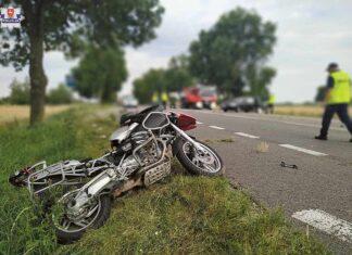 motocykl rozbity rozwalony wypadek straż policja