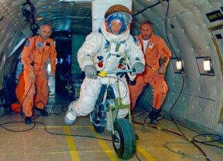 NASA księżycowy motocykl kosmiczny elektryczny