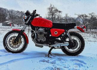 Jawa  motocykl z silnikiem Moto Guzzi