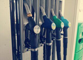 dystrybutor stacja paliw tankowanie benzyna
