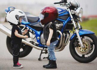 Czy przewożenie dziecka na motocyklu jest legalne Przepisy kodeksu drogowego