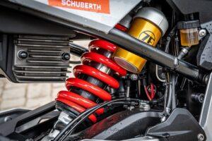 BMW F  R  dane techniczne test opis