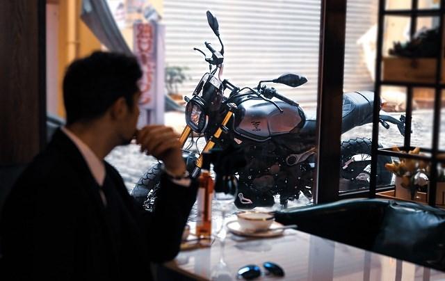 Motocykle VOGE – nowa marka z impetem wjeżdża na polski rynek! [300/500 AC, DS, R, RR, cena]