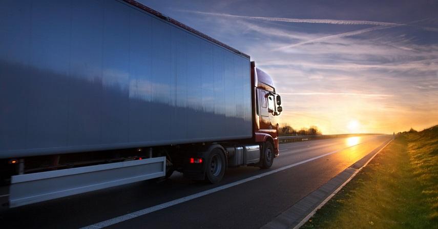 ciężarówka tir droga transport drogowy ciągnik z naczepą zestaw