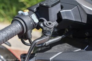 Kymco AK  nowość  test dane techniczne opinia cena  MV DuzeZdjecie W