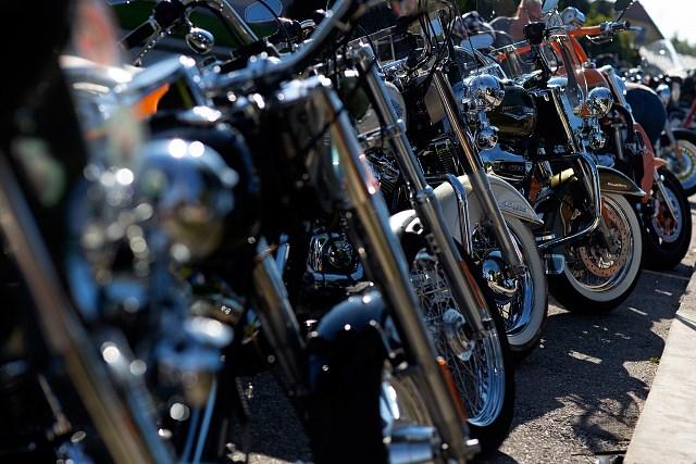 Kultowy zlot FAAK am SEE odwiedziło tysiące motocyklistów i fanów Harley-Davidson