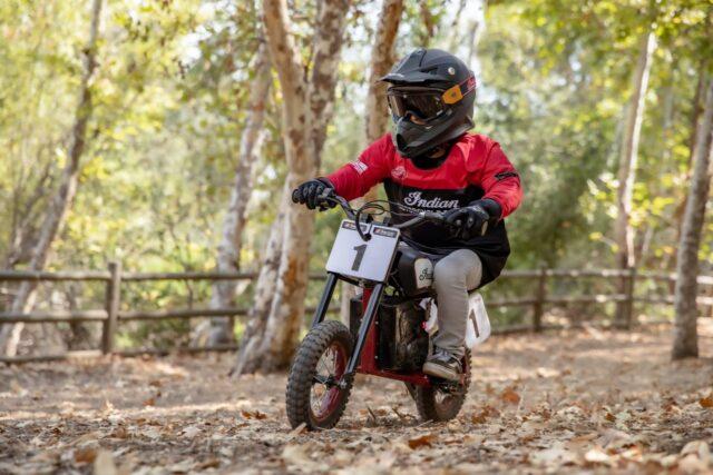 Indian eFTR Mini – elektryczny motocykl dla najmłodszych adeptów jednośladów