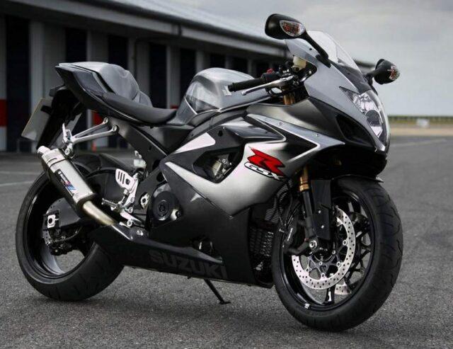 Wskrzeszenie legendy z 2006 roku, czyli Suzuki GSX-R Phantom – motocykl najszybszy i najmocniejszy z całej rodziny GSX-R wraca na rynek